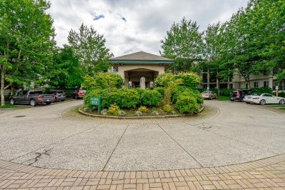 Virtual tour for Maynes Real Estate Group