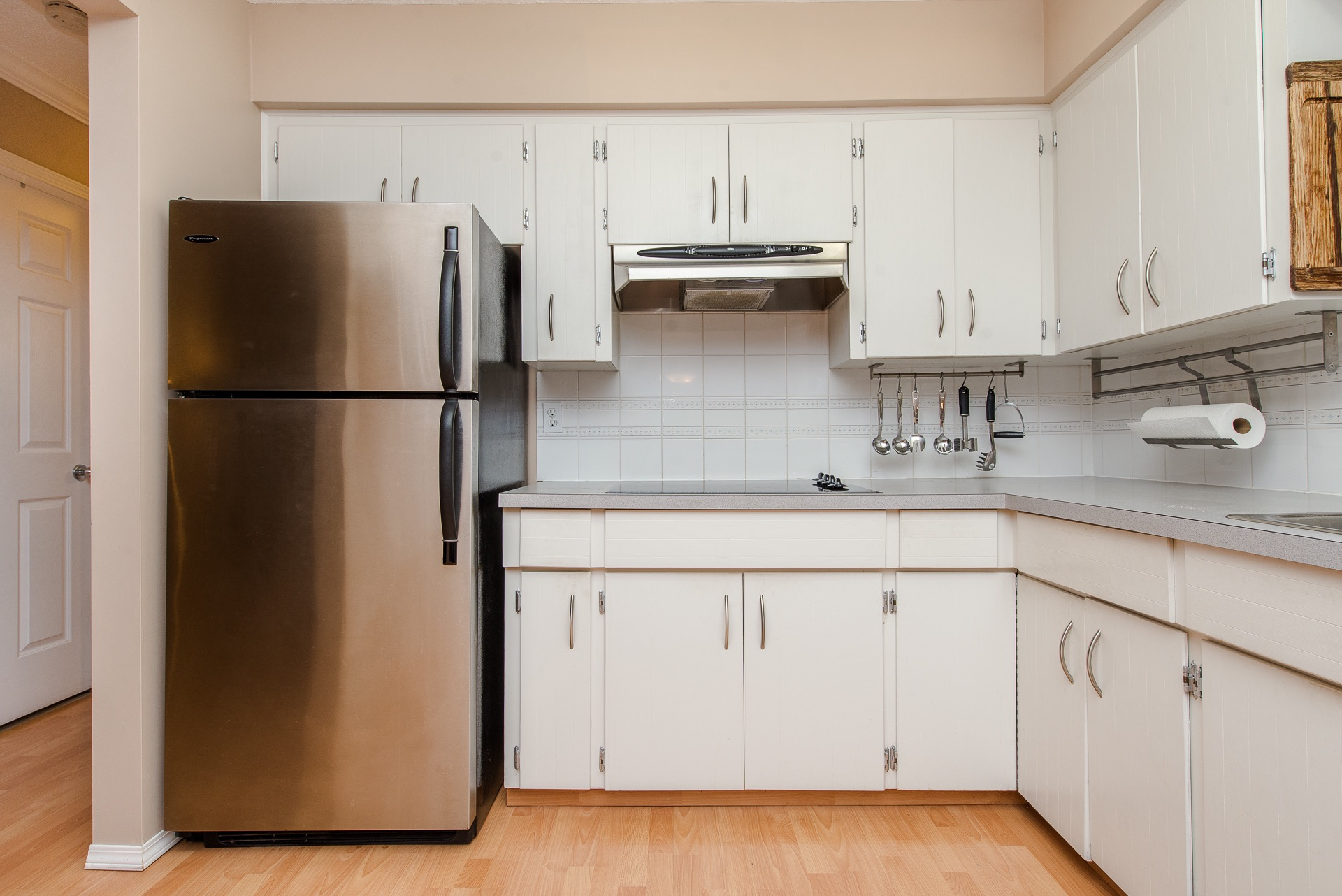 what is the average cost of kitchen cabinets bhinder sharma 32921 gatefield avenue abbotsford mls 28288